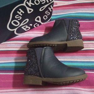 Oshkosh Navy Ankle Boots